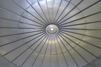 Self-Supporting Stainless Steel Roof for Whey Tank