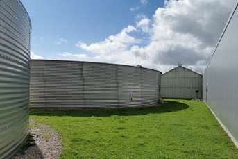 Stainless Steel Tank as Rainwater Storage for Plant Breeding