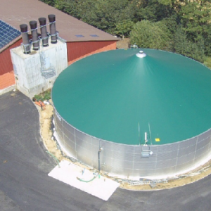Stallkamp emissions roof for liquid manure storage